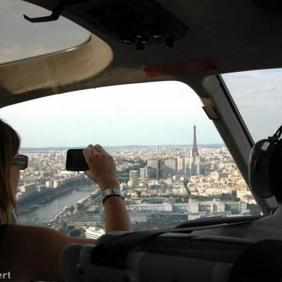 Paris et Versailles en hélicoptère bimoteur au départ de la Ferté Alais - 35 min de vol