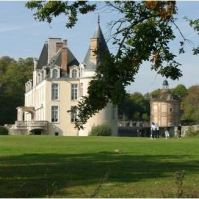 Survol de Paris avec escale déjeuner au château d'Augerville